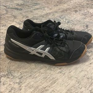 Women's ASICS Gel volleyball shoes 9.